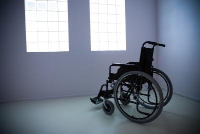 کمک رسانی به آسایشگاه  های معلولین