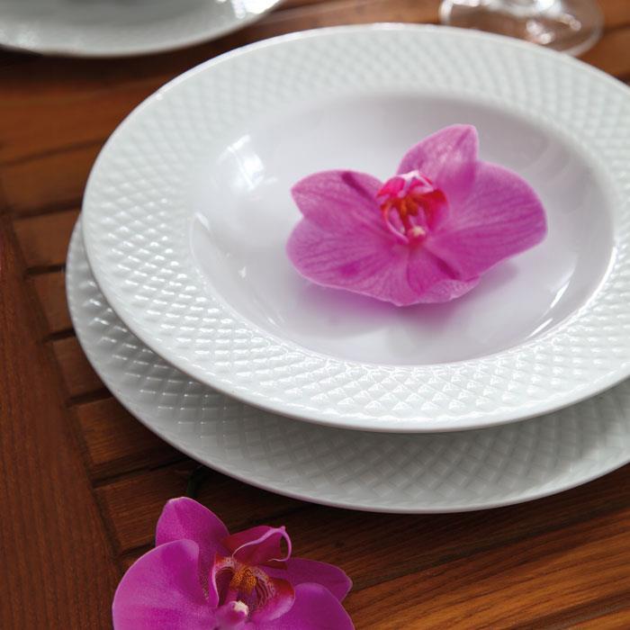 سرویس چینی 28 پارچه غذاخوری سفید