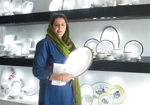 خانم هیوا ناصری